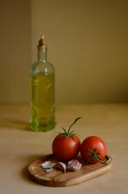 Tomatoes and Garlic 5969