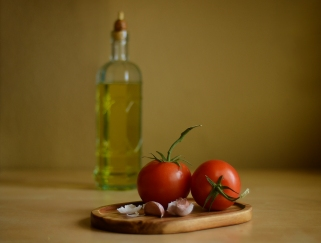Tomatoes and Garlic 5976